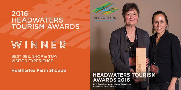 Heatherlea Farm Shoppe receiving 2016 Headwaters Tourism award